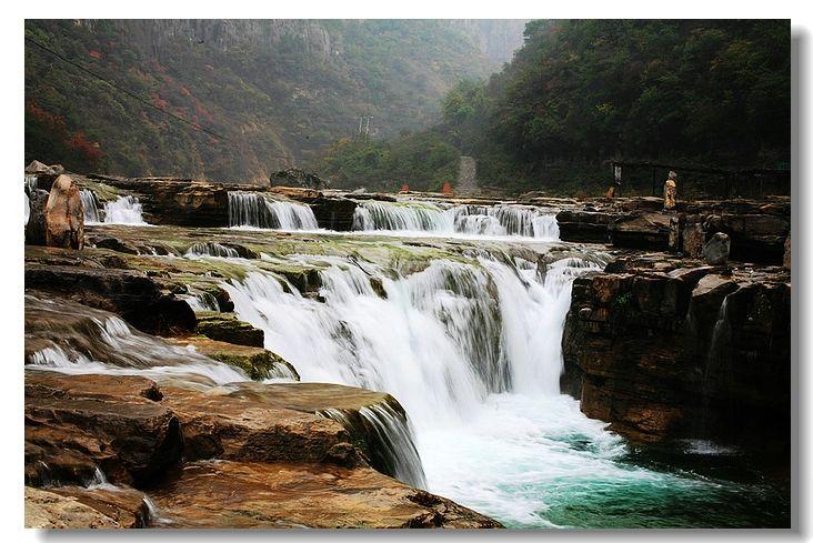 壁纸 风景 旅游 瀑布 山水 桌面 732_489