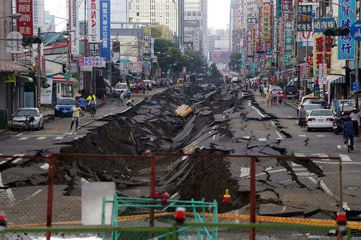 就像青岛输油管道泄漏爆炸事件与此次台湾高雄发生的事件相当类似
